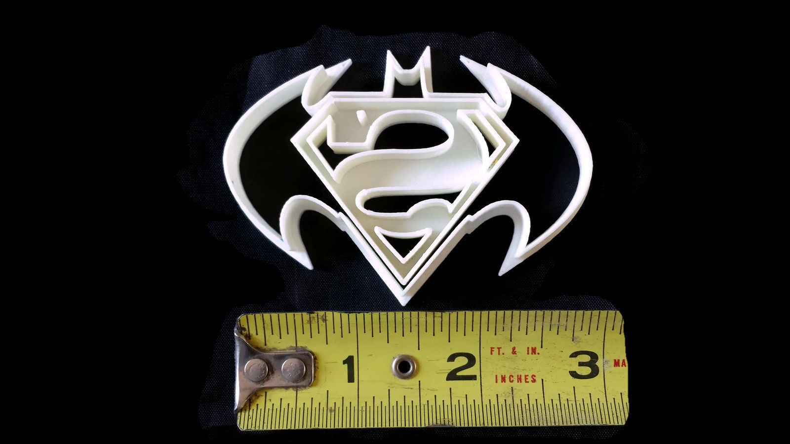 Superman batman hybrid logo cookie cutter things4thinkers superman batman fondant cutter 3 x 2 biocorpaavc Choice Image
