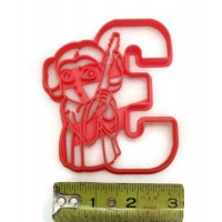 Princess Leia Holding the number 3 Birthday Cookie cutter